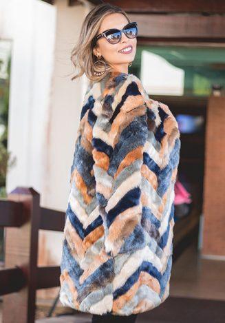Juliana da Matta veste a tendência faux fur