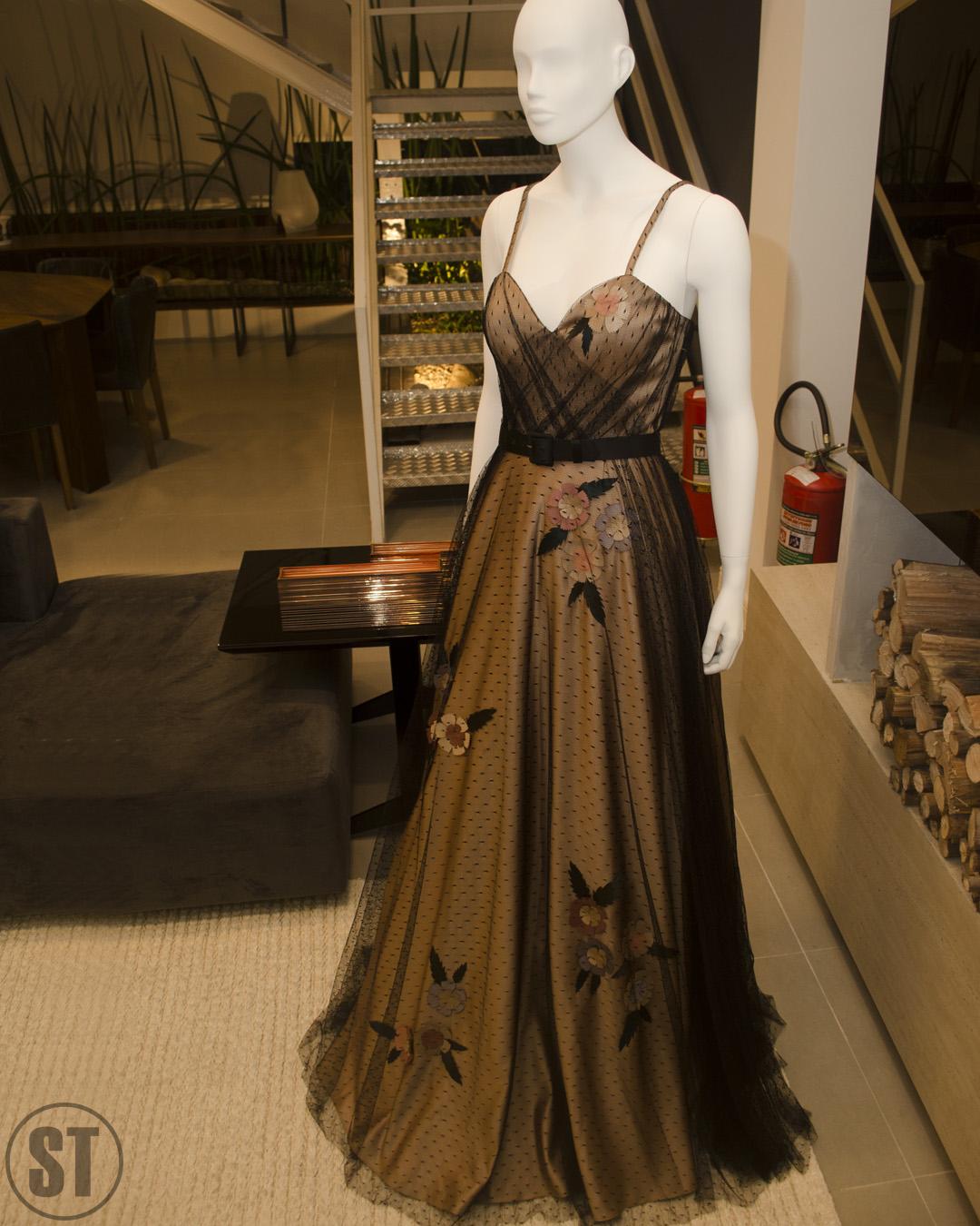 Vitor Zerbinato apresenta coleção Verão/2018 na loja Arquitettá, no Mogi Shopping