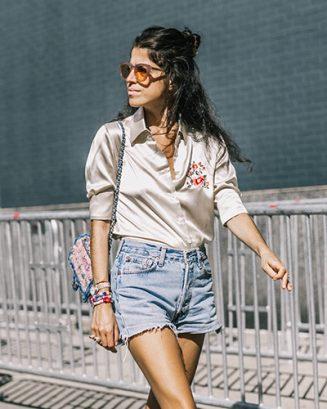 Cetim de volta ao apogeu: designers investem no tecido para dar toques de brilho