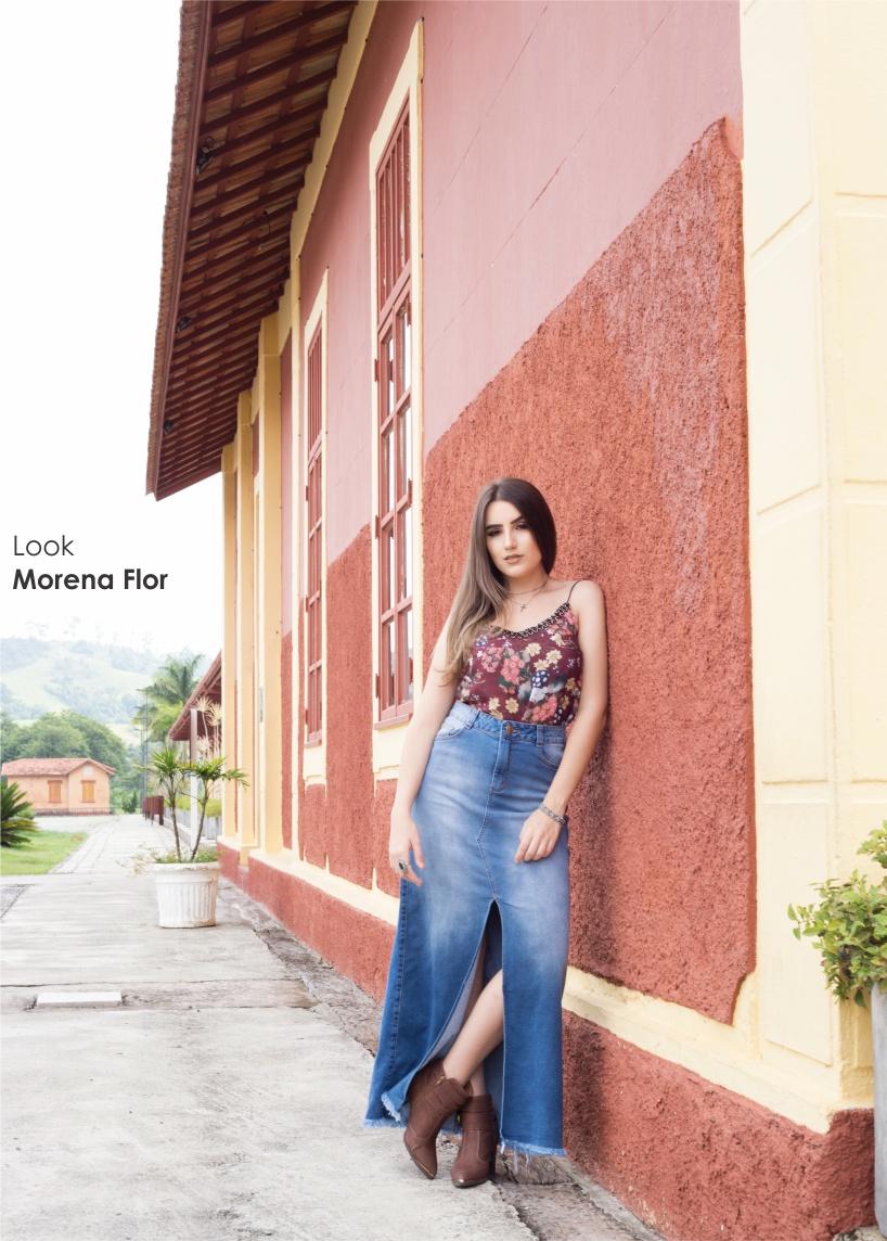 Saia longa jeans é tendência em 2018 com um diferencial: a fenda!