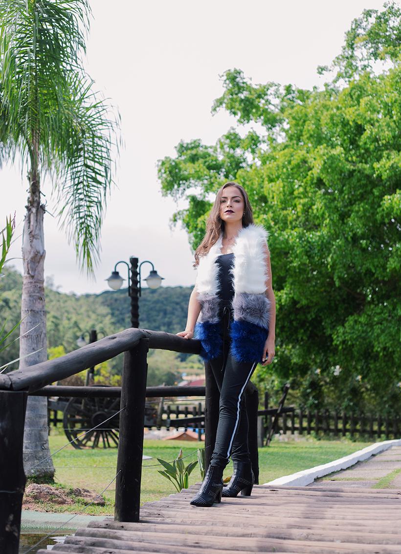 Colete de pelo com calça jogging - ROSÁLIA STORE para STYLING TIP.