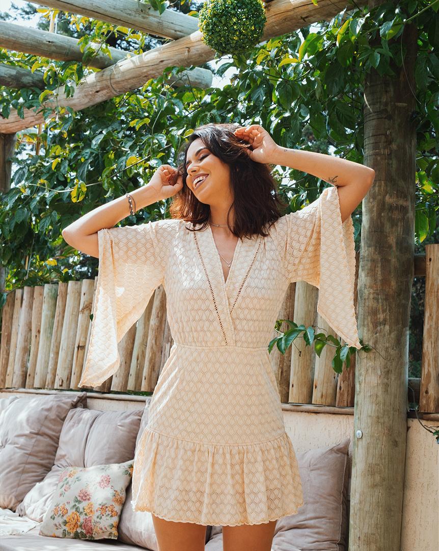 Look vestido rose - Editorial produzido pelo STYLING TIP para Espaço Muna